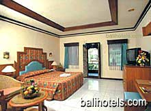 Kuta Beach Club - deluxe room double bed